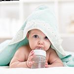 Πότε τα μωρά μπορούν να πιουν νερό;
